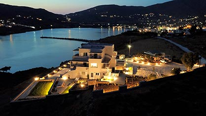 Pharos Apartments in Andros